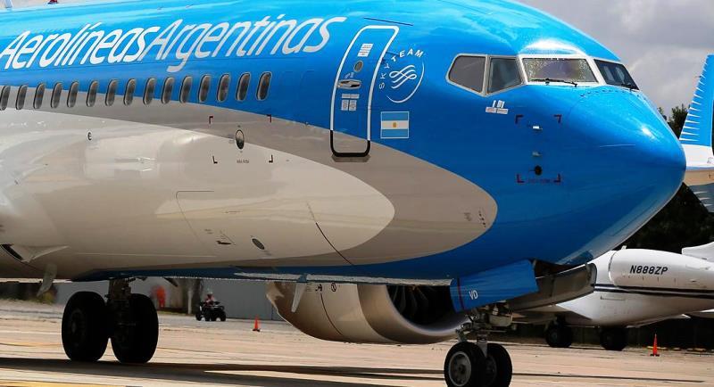 Oficializan la reactivación de vuelos y de transporte terrestre de media y larga distancia