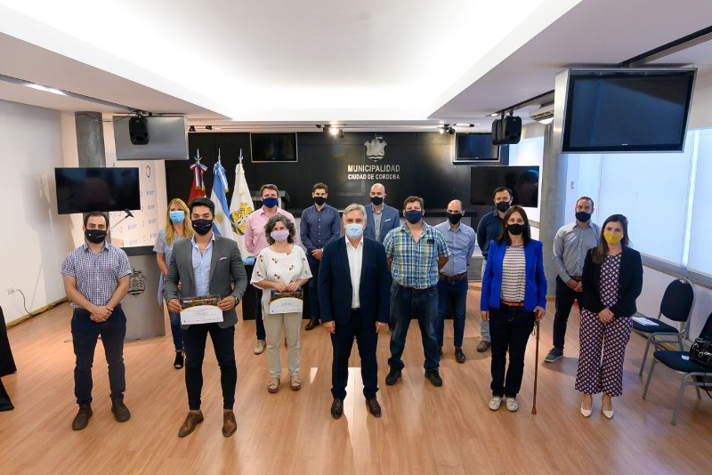 Se premiaron a los cuatro emprendimientos ganadores del Desafío Córdoba Resiliente