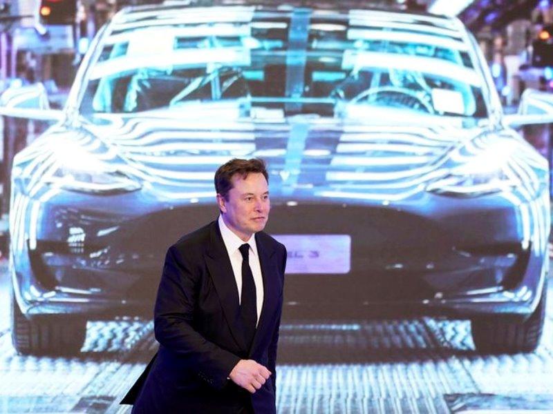 Tesla compra $ 1.5 mil millones de dólares en bitcoins, planea aceptarlo como pago