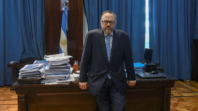 Kulfas busca una reactivación económica 'federal' y que incorpore 'a todos los territorios'