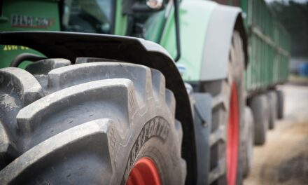 Lanzan un plan para incorporar 400 empleos a la maquinaria agrícola: cómo participar